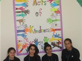 Sarwaran Students Make Kindness Board